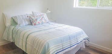 Queen - Bedroom