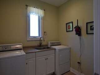 Washer and Dryer Georgian Bay