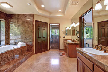 Huge Master Bathroom with Tub