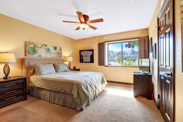 Middle Guest Bedroom