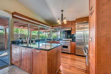 Modern High End Kitchen with Viking Appliances