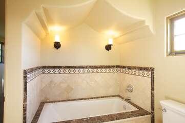 141 Gorgeously Designed Tub