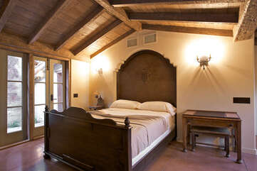 143 Master Suite with Vaulted Ceilings