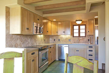 139 Fully Equipped Kitchen