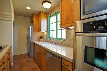 141 Fully Equipped Kitchen