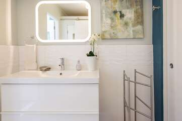 Upgraded Modern Bathroom