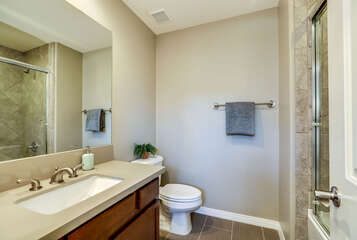 Shared Hall Bath with Tub/Shower Combo
