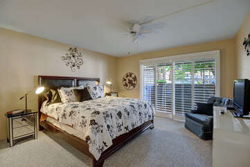 Master Suite with Private Entrance to Patio