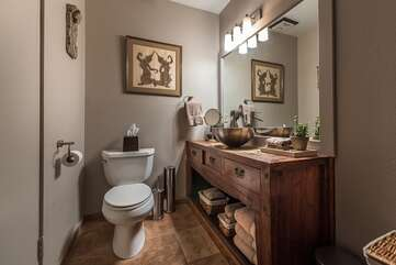 Spacious and Updated En-Suite Master Bathroom