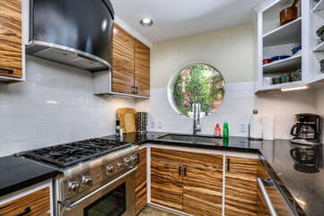 Updated Appliances in Kitchen
