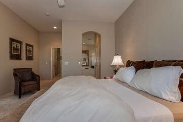 Master Bedroom Looking to En Suite Bathroom