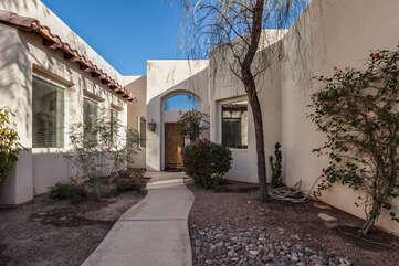 Front Entrance to Palm Desert Santa Fe