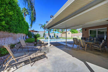 Covered Patio to Pool