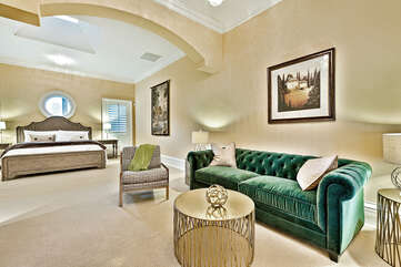 Fountain Guest Suite Seating Area