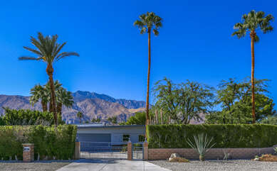 Movie Colony Contemporary Gated Entry