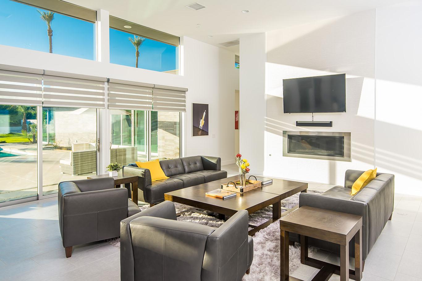 Flat Screen TV & Fireplace