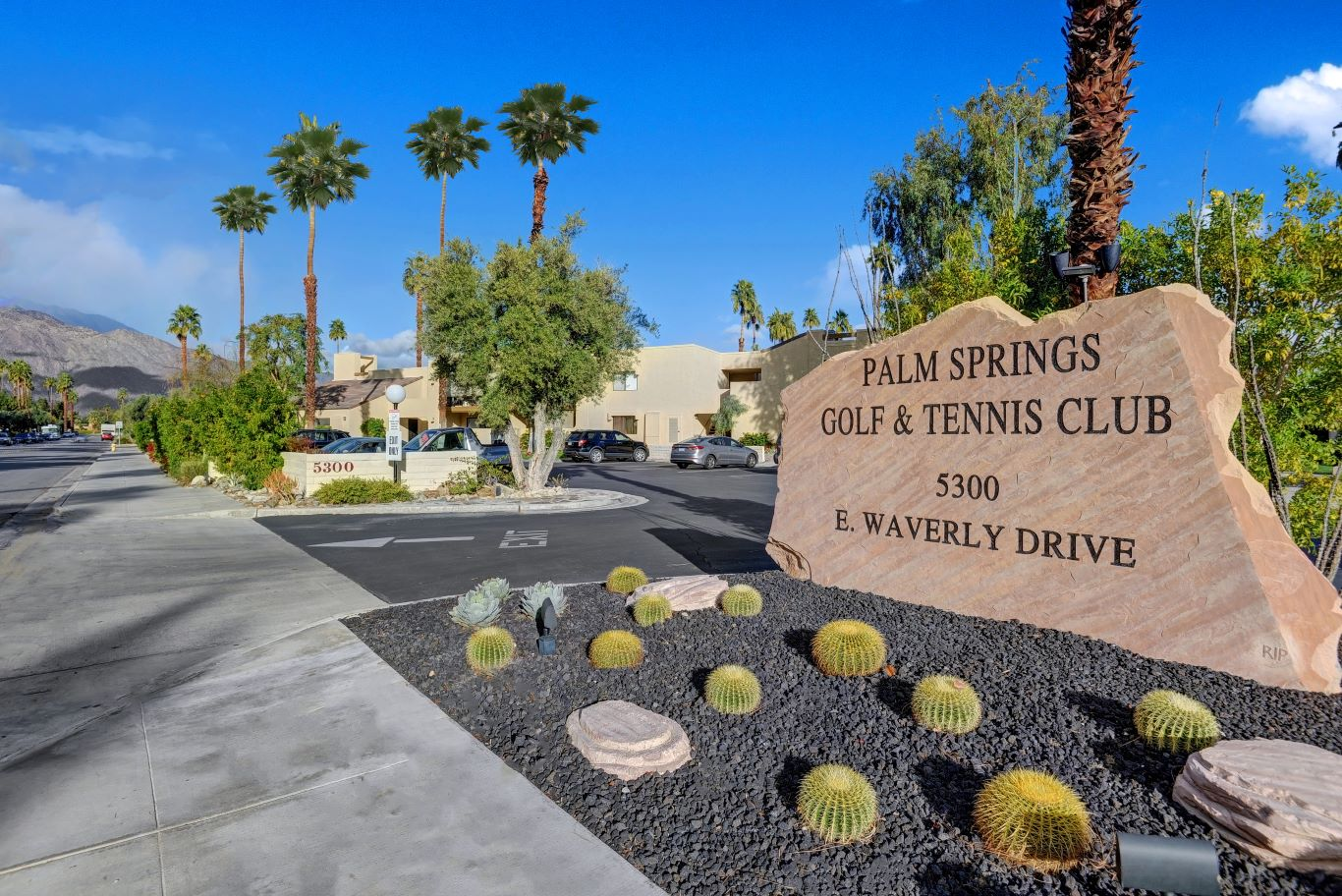 Entrance to Palm Springs Golf & Tennis