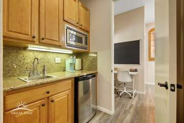 Mini kitchen with fridge in cassita for your convenience