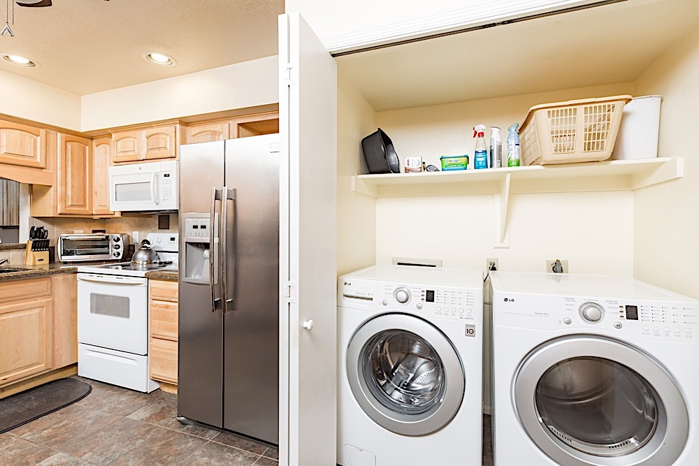 Full size washer and dryer in kitchen closet