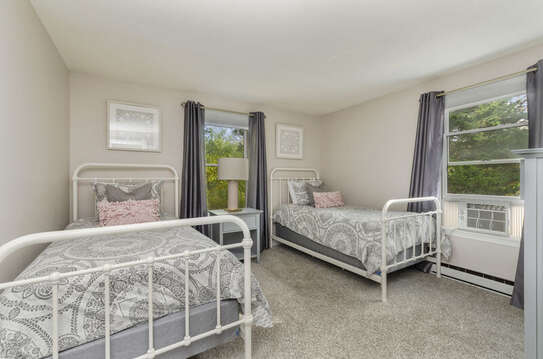Bedroom 2 Twin bedroom with Ac unit50 Blue Heron Eastham Cape Cod - New England Vacation Rentals