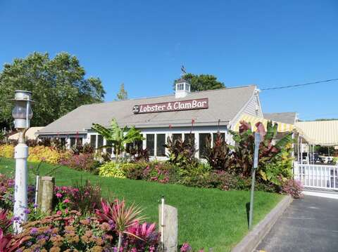 Arnolds Lobster and Clam Bar - Eastham Cape Cod - New England Vacation Rentals