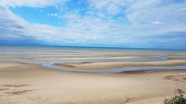 1st Encounter Beach- Low tide..Eastham Cape Cod - New England Vacation Rentals