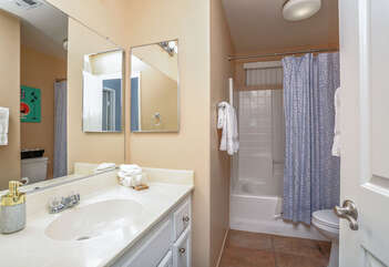 Shared Guest Bath with Combo Tub/Shower