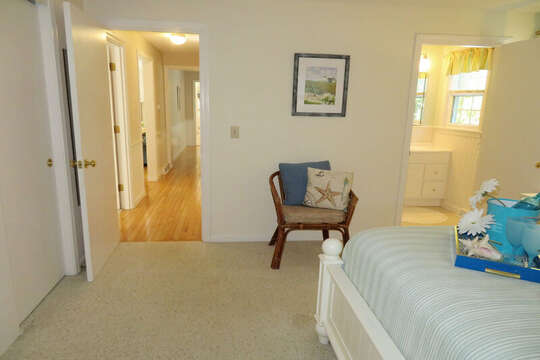 Bedroom #1 queen bed with en-suite full bath -30 Chatham Crest Drive Chatham Cape Cod - New England Vacation Rentals