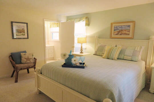 Bedroom #1 Queen bed -and view to ensuite bath-30 Chatham Crest Drive Chatham Cape Cod - New England Vacation Rentals
