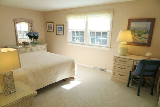Bedroom#2 King bed , (or 2 twins! )writing desk an mirrored dresser. 30 Chatham Crest Drive Chatham Cape Cod - New England Vacation Rentals
