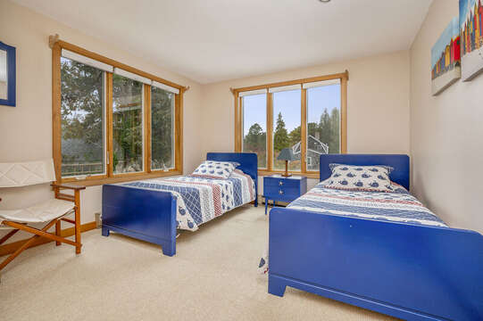 Bedroom #2 with 2 twin beds.  350 Barn Hill Road Chatham Cape Cod - New England Vacation Rentals