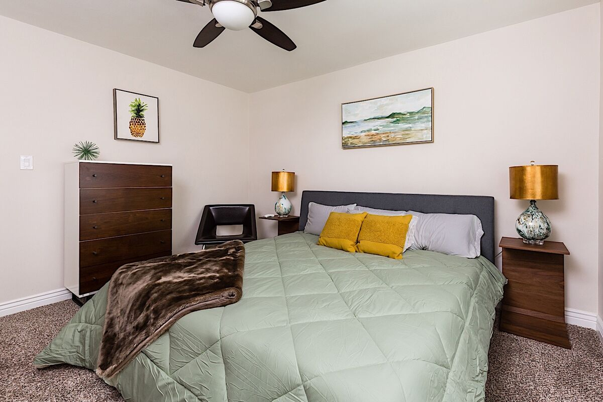 Guest Bedroom 2- Classy finishes with a retro touch