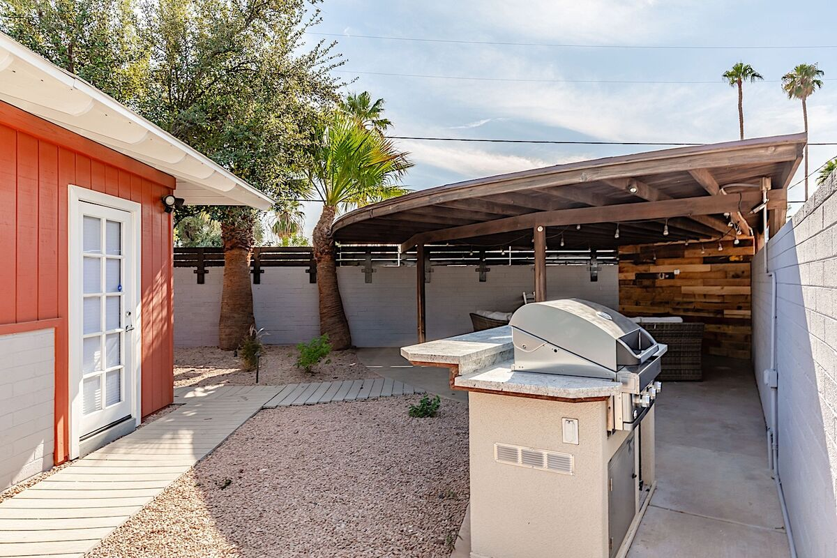 Built in BBQ and covered patio seating