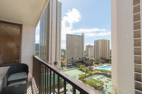 Comfortable, usable lanai which is shaded most of the day, unlike many facing the ocean.