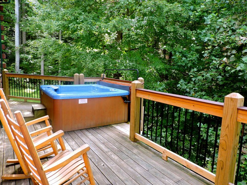 Hot Tub and Rocking Chairs in the Deck.