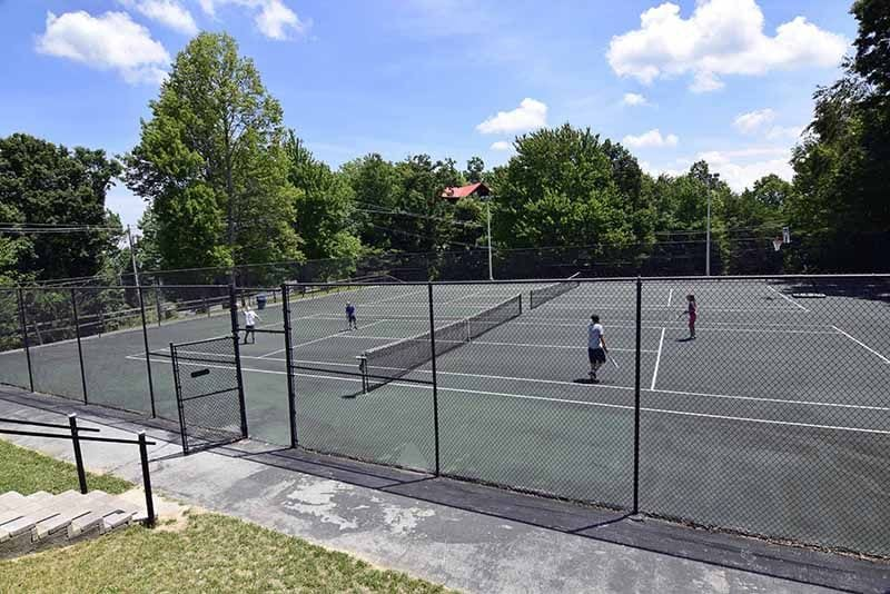 Mansion in the Sky guests will enjoy the tennis courts located at the North Clubhouse