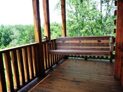 Breathe in the fresh Mountain Air, & enjoy the Cabin in Gatlimburg view, while relaxing on the Porch Swing, located on the 2nd floor Balcony.