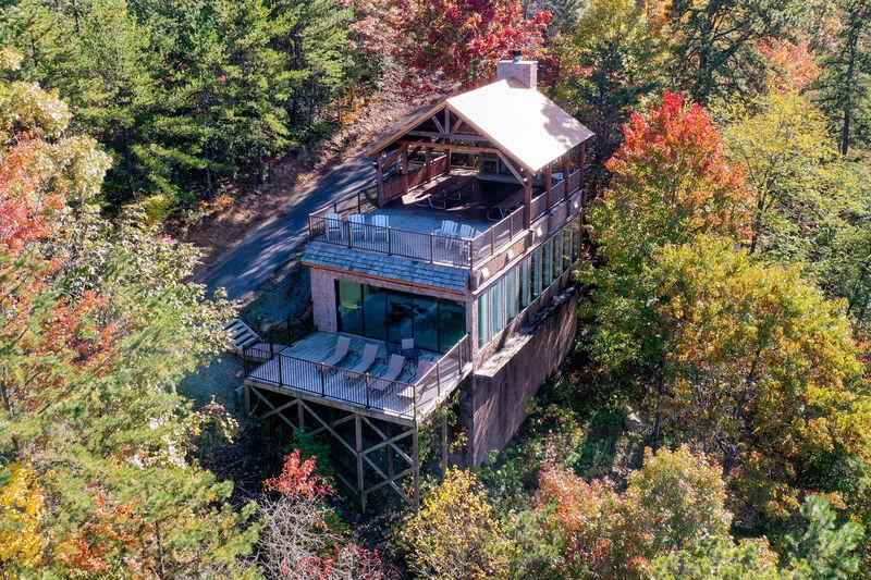 Aerial View of Indoor/outdoor Swimming Pool/Pavillion, located between 2-4 bedroom cabins