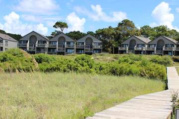 Pelican Watch is just .5 miles from the Beach Club pools, golf, and dining.