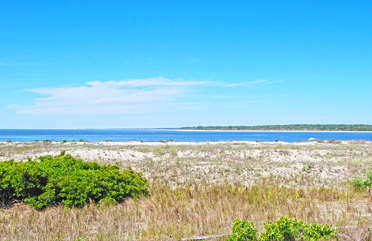 The beauty of Seabrook is just steps away.