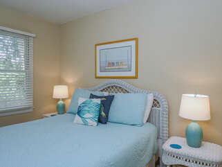 The 3rd bedroom also has a queen bed.