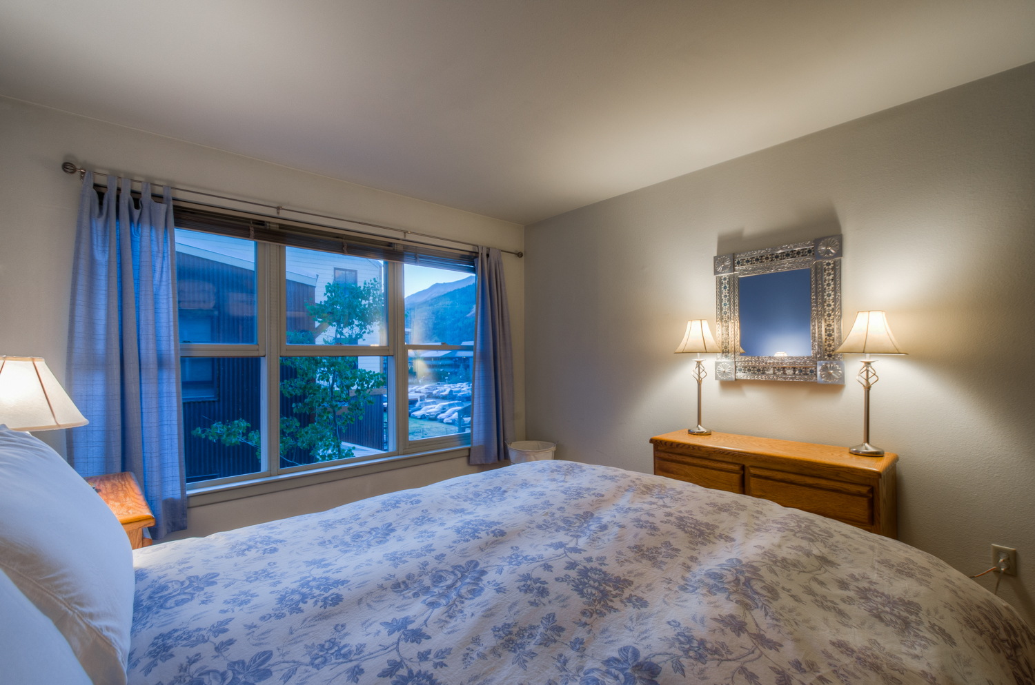 Large Bed, Drawer Dresser, Mirror, and Table Lamps