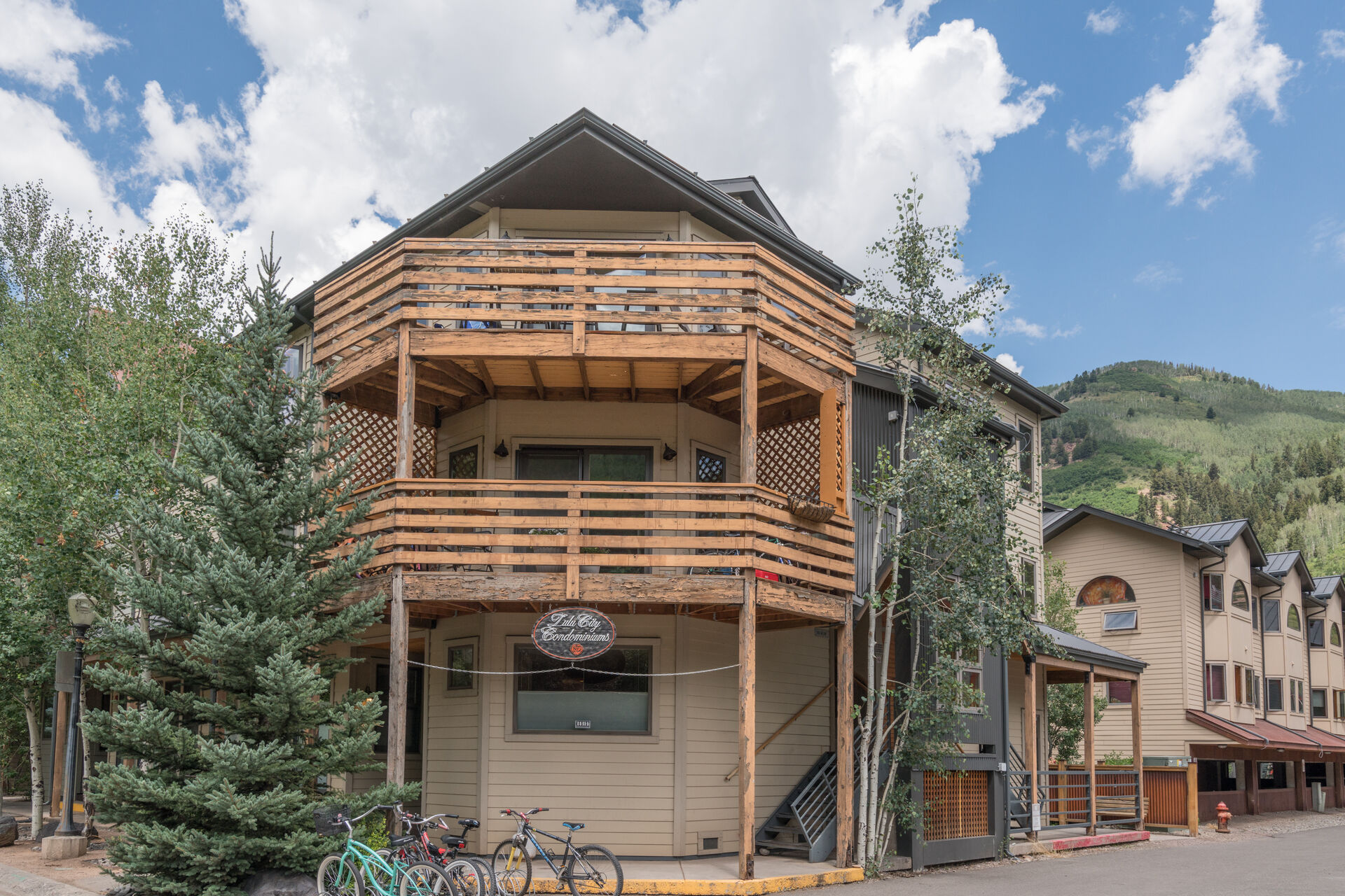 Exterior of this Vacation Rental in Telluride CO