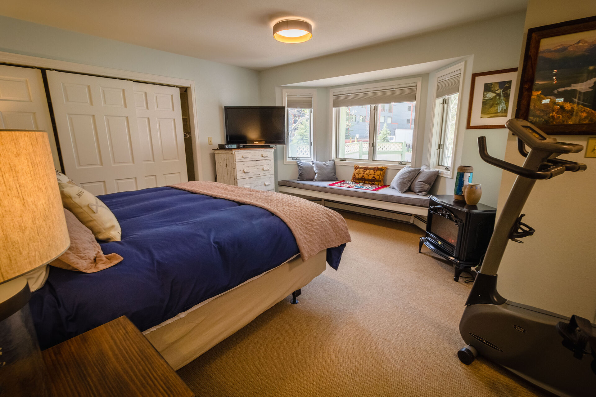 Bedroom with Full bed and Window Seating