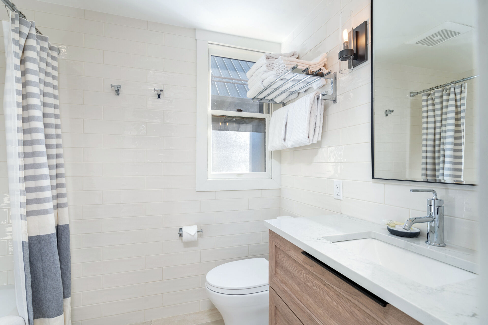 Guest bathroom with a sink and a toilet