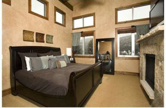 Master Bedroom with King bed, Fireplace