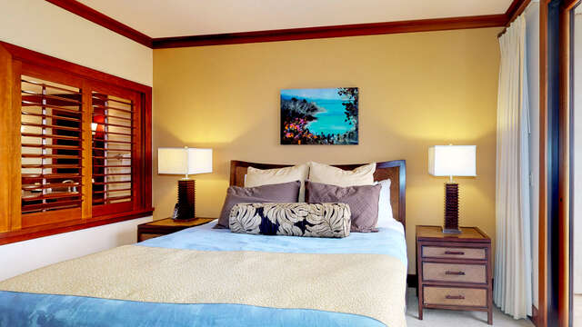 Kize Size Bed in our Oahu Vacation Rental