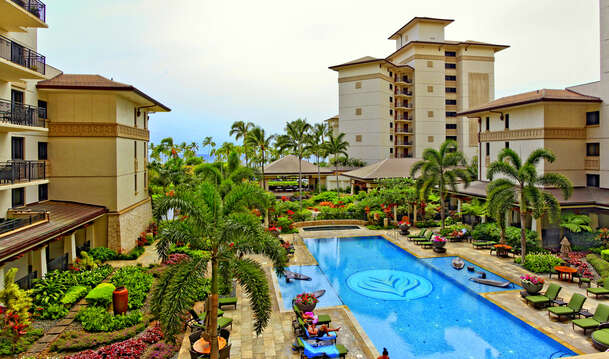 The Quiet / Lap Pool in the center of the community this Ko Olina beach villas in Hawaii sits in.