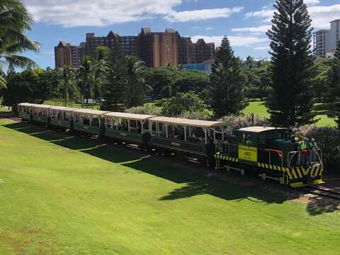 The Tourist Train that Passes Through Ko Olina.