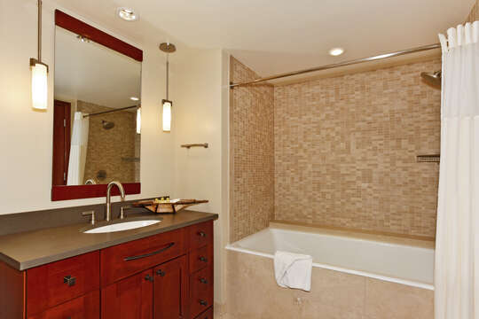 Bathroom with Shower-Tub
